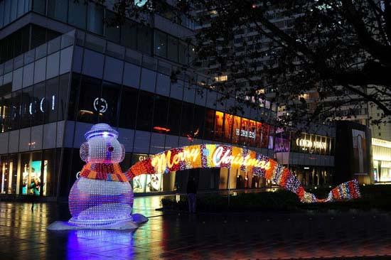 商场大厅圣诞节美陈装饰